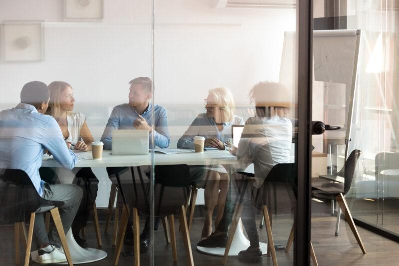 CST lance SIMPEL, offre de location et d'abonnement pour les entreprises B2B et B2C qui cherchent de nouveaux relais de croissance avec des solutions d'usage.
